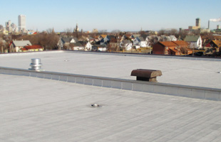 Milwaukee public schools adopt innovative roof drainage system, extend life of school buildings